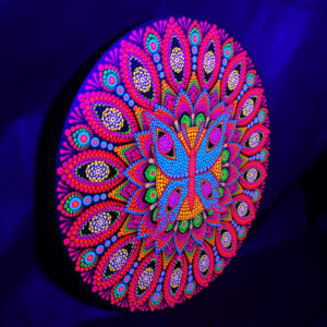 Butterfly In A Flower One-Of-A-Kind UV Dot-Painting (40cm Circular)