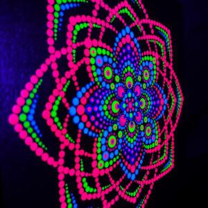 'Red Torus' einzigartiges UV-Acryl-Punktgemälde (20 cm x 20 cm Leinwand)