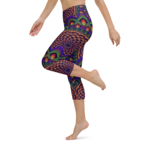 'Torus In A Galaxy' Yoga Capri Leggings